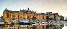 De Zweedse hoofdstad Stockholm strekt zich uit over veertien eilandjes. Tips over bezienswaardigheden, musea en restaurants? Kijk op CityZapper.