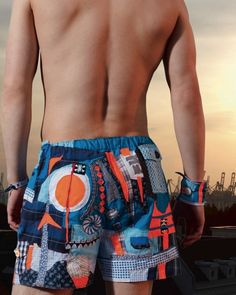 kostenloses Boxershort-Schnittmuster aus dem Handmade Kultur Magazin // thinking about sewing a shorts for swimming. Sewing Men, Love Sewing, Sewing For Kids, Sewing Clothes, Sewing Shorts, Sewing Lingerie, Moda Fitness, Sewing Patterns Free, Pattern Sewing