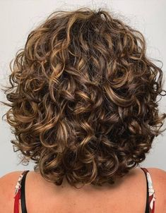 Shampoo For Curly Hair, Curly Hair Cuts, Long Curly Hair, Curly Hair Styles, Shoulder Length Curly Hairstyles, Curly Hairstyles For Medium Hair, Braided Hairstyles, Short Permed Hair, Black Hairstyles