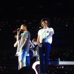 Harry on stage in Foxborough, Massachusetts (Night 2) 8.8.14