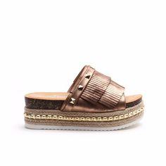 Sandalias Zapatos Mujer Plataforma Gomon Tachas Verano 2018 - $ 699,00