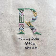 a t s u m iさんはInstagramを利用しています:「もうすぐお誕生日のお子さまの記念に #embroidery #handembroidery #刺繍 #ordermade」