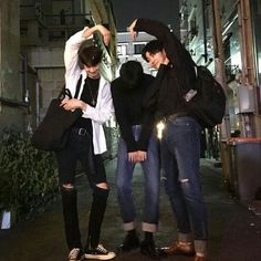 Korean Fashion – How to Dress up Korean Style – Designer Fashion Tips Korean Boys Ulzzang, Ulzzang Couple, Ulzzang Boy, Cute Korean, Korean Men, Asian Boys, Asian Men, Korean Best Friends, Boy Squad