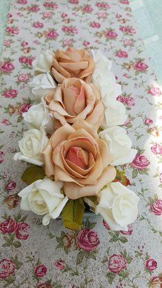 Esküvői vegyes tartós virág + kerámia. Gyere és válogass a több mint 500 csodálatos egyedi esküvői kellék közül. Mennyiségi kedvezményekkel várunk. MerciDekor.hu Inspirációs képeink segítenek a Te stílusod megtalálásában. Gyere és hívj: Tel: 30/385-4688 Ingyenes tanácsadással várunk! - Esküvői vegyes tartós virág + kerámia Rose, Flowers, Plants, Pink, Plant, Roses, Royal Icing Flowers, Flower, Florals