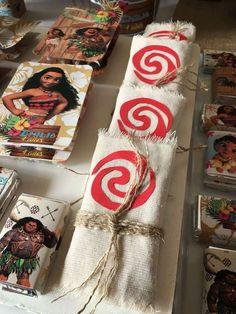 Mis Ideas en Detalles's Birthday / Moana Party - Photo Gallery at Catch My Party Moana Birthday Party, 6th Birthday Parties, Luau Party, 3rd Birthday, Birthday Ideas, Moana Party Decorations, Festa Moana Baby, Hawaian Party, Moana Theme