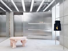 Acne Studios Latest Store in Munich Germany. Acne Studios continues its smoking-hot retail store initi Bar Interior, Studio Interior, Retail Interior, Boutique Interior, Bespoke Furniture, Design Furniture, Visual Merchandising, Retail Space, Shop Interiors