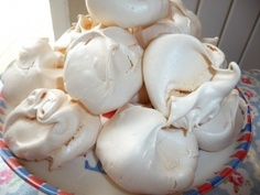 The best meringue recipe I have ever tried, I made a double batch for my daughters eleventh birthday high tea, they were a huge success with both children and parents and a year on are still requested...