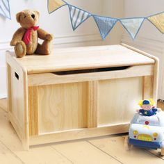 Pintoy Natural Wooden Toy Chest, Nursery and Bedroom Furniture, Nursery