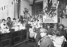 The free buffet at Euston Station, Christmas 1917.