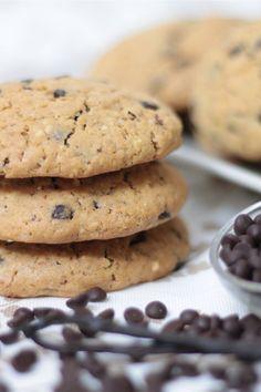 I cookies o Chocolate Chip Cookies sono dei biscotti al cioccolato tipici della cucina americana. I cookies, morbidi all'interno e croccanti all'esterno, sono preparati con una base di burro e zucchero e aromatizzati alla vaniglia; l'aggiunta del cioccolato all'impasto è l'ingrediente che più li caratterizza.