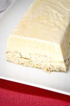 Recept voor semifreddo met hazelnoten. Ingrediëntenlijst en bereidingswijze op foodblog Volg de kruimels. Bekijk ook de receptenindex!