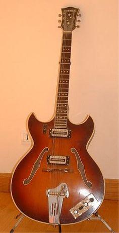 Johan van Wallenburg's Hofner 4578/T Guitar