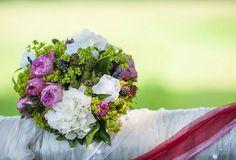 Ich wünsche Euch einen wundervollen 2. Advent und Nikolaustag. Und dazu gibt es einen tollen Brautstrauß wie ich finde. :) Geniesst den Sonntag.  #bouquet #hochzeit #hochzeitsfotograf #potsdam #berlin