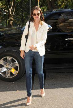 Dress code: Los zapatos nude de Katie Holmes | Bloc de Moda: Noticias de moda, fashion y belleza Primavera Verano 2015