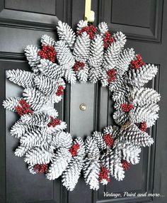 Kuvahaun tulos haulle pine cone wreath