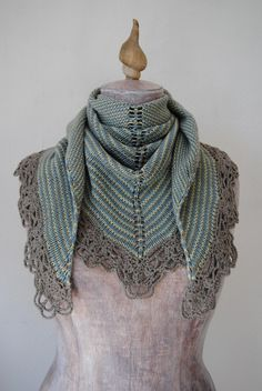 Pattern Knitted shawl with crochet edging Sedna's by lamandorla
