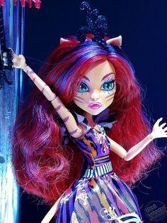 Toy Fair 2015 Mattel Monster High Shoot 2 099. Toralei's Freak du Chic doll looks even better up close