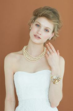 #NOVARESE #wedding #accessory #ring #earring #bracelet #styling #hair #Vintage…