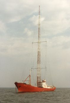 Caroline-MV Ross Revenge,with 300 feet mast,North Radios, Radio Flyer, Transistor Radio, North Sea, Ham Radio, Childhood Memories, Radio Stations, Daughter, Space Posters