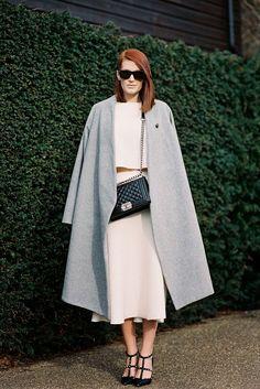 "fashion-streetstyle: "" (via Vanessa Jackman: London Fashion Week AW "" Outfits Otoño, Fashion Outfits, Womens Fashion, Fashion Trends, Latest Fashion, London Fashion Weeks, Spring Street Style, Street Chic, Vanessa Jackman"