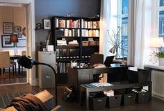 Ruang Kerja pribadi minimalis.