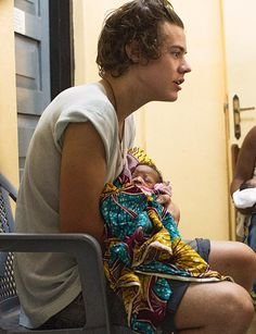 Harry Styles in African hospital for Comic Relief