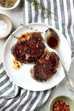 Learn how to cook the perfect Skillet Filet Mignon in Mushroom Sauce. This recipe will teach you the basics to make the BEST Filet Mignon! Salmon Burger Sauce, Sauce For Salmon Patties, Sauce Recipes, Beef Recipes, Yummy Recipes, Dinner Recipes, Steak And Mushrooms, Stuffed Mushrooms, Cast Iron Filet Mignon