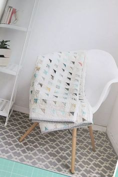 Sew Quilt No Scrap Left Behind – Quilt Patterns Using Scraps - No Scraps Left Behind is a new book by Amanda Jean Nyberg of Crazy Mom Quilts over a dozen inspiring patterns for using your fabric scraps. Scrappy Quilts, Easy Quilts, Owl Quilts, Girls Quilts, Quilting Projects, Quilting Designs, Quilting Ideas, Embroidery Designs, Embroidery Stitches
