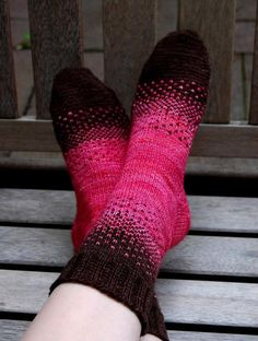This sock pattern provides a great introduction to stranded knitting. My Mom and I shared two skeins of Malabrigo sock yarn and challenged each other to create a unique two-color design. - Crochet and Knit Love Knitting, Knitting Socks, Hand Knitting, Knitting Patterns, Knit Socks, Knitting Tutorials, Knitted Slippers, Knitting Machine, Vintage Knitting