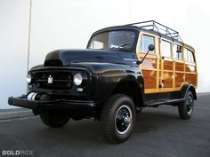 1954 International R-140 4X4 Station Wagon Images