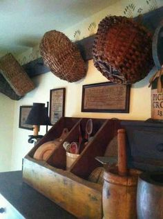 16 Best Ideas for Primitive Country Kitchen Decoration – Country Decor Primitive Homes, Primitive Kitchen, Primitive Antiques, Country Primitive, Country Kitchen, Country Living, Primitive Shelves, Prim Decor, Country Decor