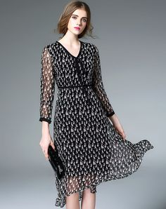 Shop Fantiow Black Silk Cat Print V-neck High Waist Midi Dress online❤️ VIPme.com offers quality A-Line Dresses from fashion designers at affordable prices.