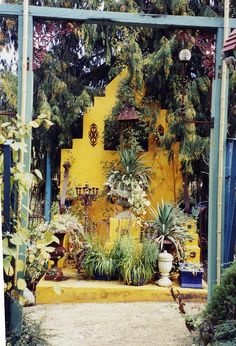 this altar belongs in the crazy gardens of artists Grant Leir and Nixi Barton Artist Grants, Collections Of Objects, Home Altar, Garden Park, High Walls, Garden Plants, World, Altars, Painting