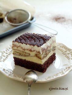 Matcha tea cake and tonka bean - HQ Recipes Polish Desserts, Polish Recipes, Cake Boss Recipes, Birthday Cakes For Teens, Teen Birthday, Bean Cakes, Specialty Cakes, Food Cakes, Beignets