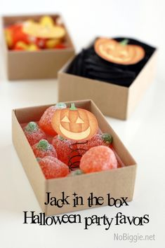 make a pop up jack o lantern (Jack in the Box) for a fun Halloween treat