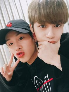Jooheon e Hyungwon Monsta X ❤️