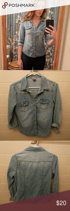 Faded denim shirt Cute fitted faded denim shirt. Snaps instead of buttons. Size medium. Tops Button Down Shirts