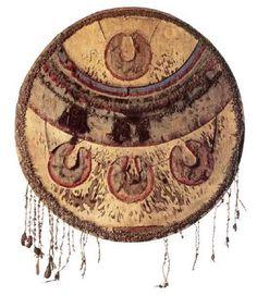 El único escudo ceremonial mexica (chimalli) que se encuentra en territorio mexicano. Museo Nacional de Historia.