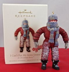 Hallmark I CAN'T PUT MY ARMS DOWN ~ A Christmas Story ~ 2007 Ornament ~ NIB!