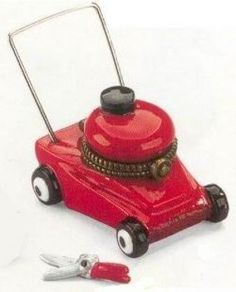 Midwest  Porcelain Hinged Box Lawnmower w/Clippers NIB #TrinketBox