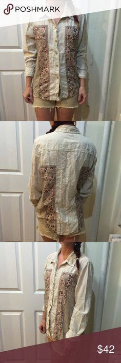 FREE PEOPLE Cream Floral Panel Button Down Shirt Free People Button Down shirt with a floral pattern on either side and has buttons down the front. Not lined but super cute and has buttons on either sleeve end! Free People Tops Button Down Shirts