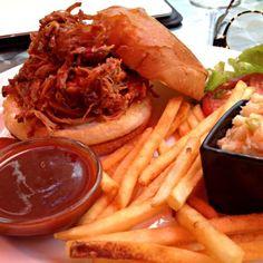 レシピとお料理がひらめくSnapDish - 8件のもぐもぐ - Pulled Pork BBQ Sandwich by Chris Shannon