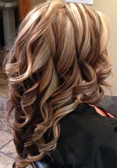 Pretty Bold Highlight Long Layered Hairstyles For Women