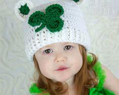 Crocheted ST PATTY DAYS Elf hat with pom pom by TinyTippyToppers