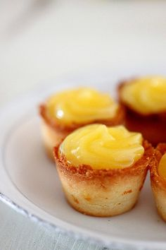 lemOn curd bites
