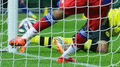 Nieuznana bramka kontrowersją • Borussia Dortmund vs Bayern Monachium • Puchar Niemiec • Błąd sędziego • Gol Matsa Hummelsa • Zobacz >>