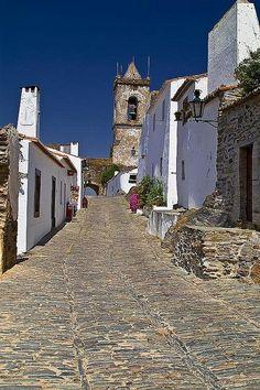 Temos novas ideias para ti em Madeira e Portuguese tiles