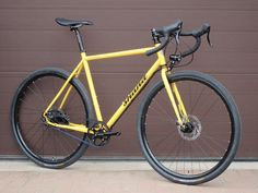 Stoater Rohloff in yellow
