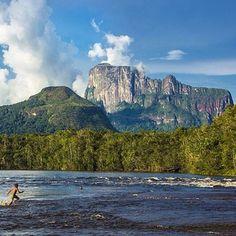 Location: La Comunidad de Ceguera (Tepuy Autana) - Amazonas, Venezuela.  Photo Credit: @riksmunoz