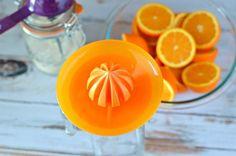 Fresh Squeezed Orange Juice Homemade Orangeade Recipe - Know Your Produce Fresh Squeezed Orange Juice Recipe, Homemade Orange Juice, Freshly Squeezed Orange Juice, Recipes Using Fruit, Fruit Juice Recipes, Orange Recipes Easy, Orangeade Recipe, Orange Juice Benefits, Orange Juice Cocktails
